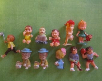 Child Children Miniatures Doll HouseVintage
