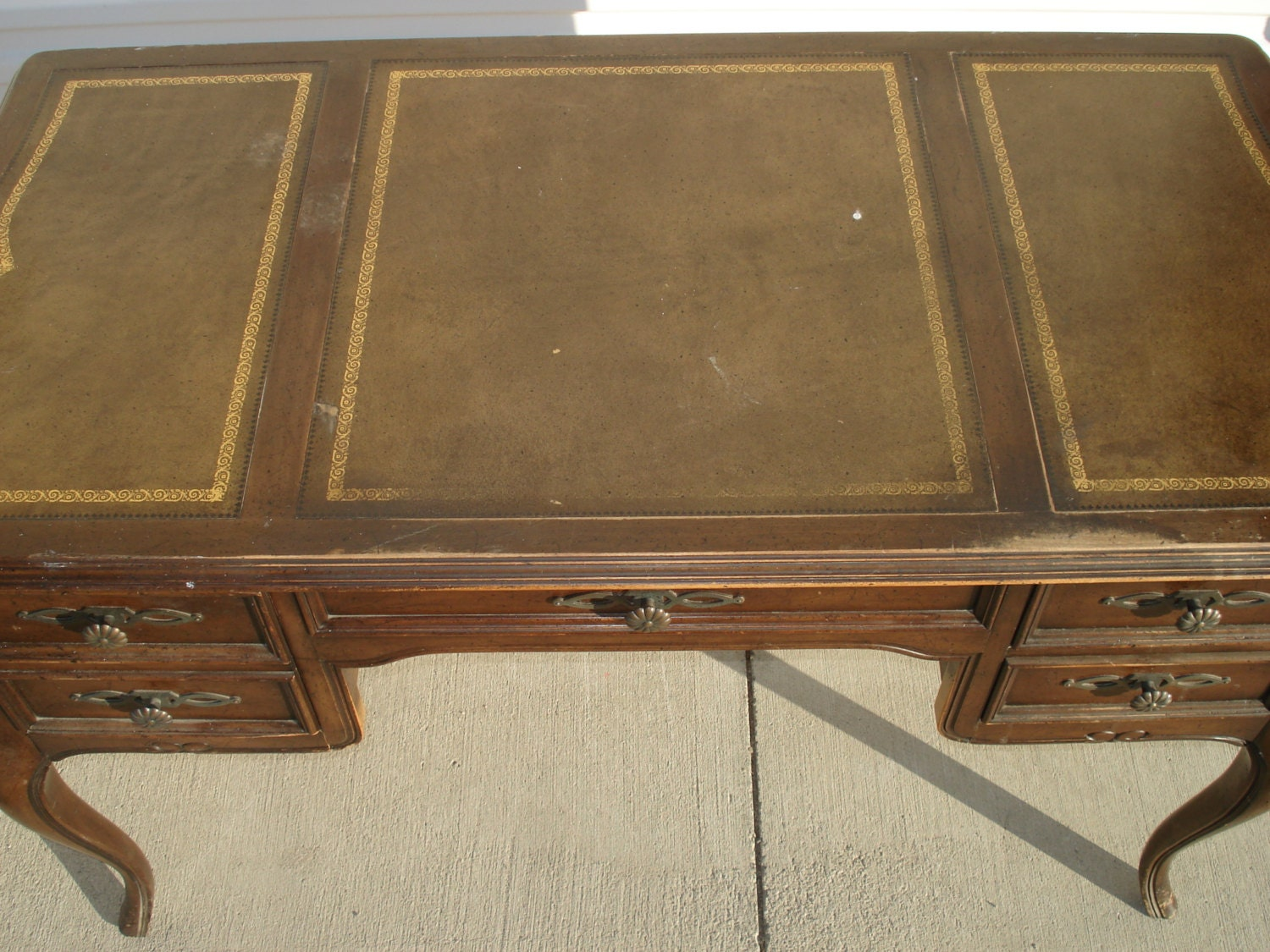 Desk Sligh Lowry Tooled Leather Top French Provincial