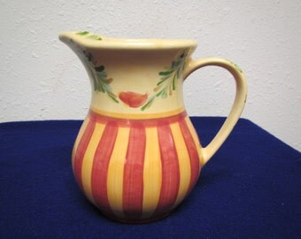 vintage GAIL PITTMAN PITCHER ; Southern Living Sienna  , Ceramic , Decorative ,hand painted