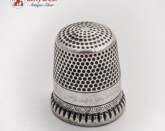 Vintage Sterling Silver Thimble Minor Pattern