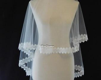 Bridal veil, Wedding veil. Lace edge veil. Drop veil. kate middleton style drop veil. Lace edge veil. Available  Waist - Cathedral length