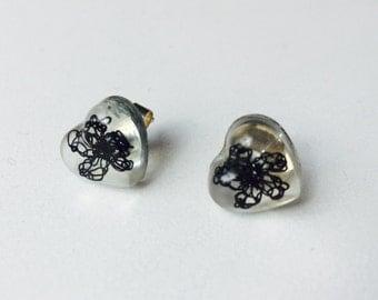 Resin earrings, black earrings, lace earrings, resin jewellery, stud earrings, crochet earrings, resin earrings with flower, heart shaped ea