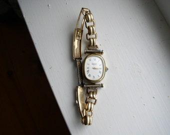 Bergdorf Goodman Ladies wind-up Watch with  G.F.Bracelet Band