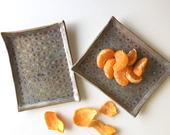 Small textured snack/ soap dish