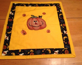small quilted wall hanging
