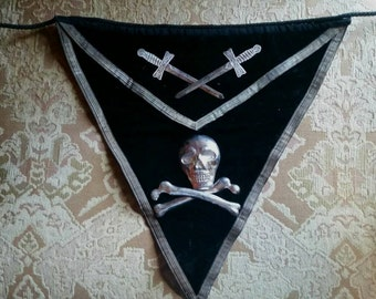 Antique Knights Templar Ceremonial Apron with Skull and Crossed Swords