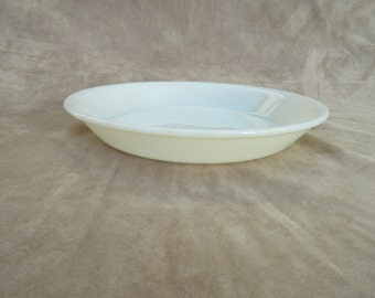 Vintage Fire King Pie Dish, 9 inch , Fire-King Oven Glass