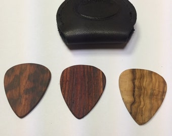 3 wooden picks and key ring pick holder