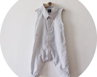 Kinder Overall // Größe 104 / 3-4 Jahre // Ganzteiler // Jumpsuit / weiß / schwarz kariert // upcycled // Sommerkleidung