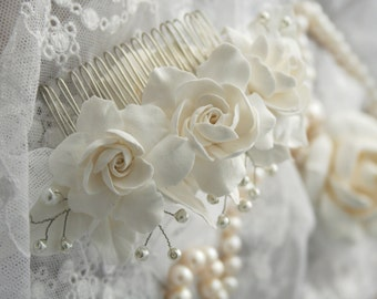 Bridal flower headpiece, Bridal flower comb, Bridal hair flower, Wedding flower comb, Bridal pearl comb, Bridal hair accessory, Gargenia