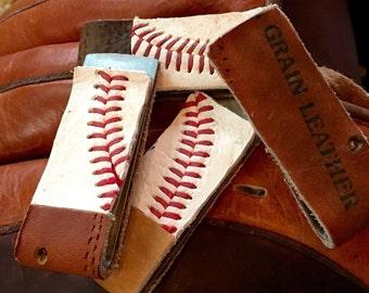 Mens Baseball and mitt money clip