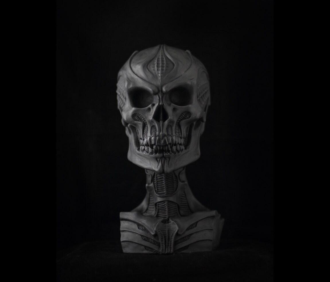 Human skull vampire vampiric life size bio mechanical hr giger for Vampire fish for sale