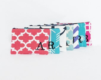 Set of 7 - Cosmetic Bag - Monogrammed Makeup Pouch - Bridesmaid bags - Make up Organizer - Medium