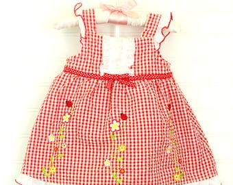 Vintage baby dress red and white gingham with flower and ladybug detailing, Youngland for 6-9 Mo WITH bloomers