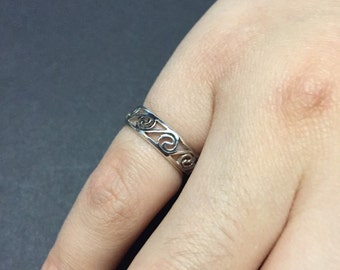 Size 3, vintage Sterling silver handmade pinky ring, solid 925 silver band with wave embossed details, stamped 925