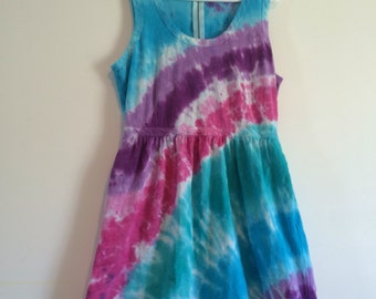 J Crew petite size 12 cotton & linen dress. Tie dyed in blues, purples and pinks, diagonal stripes.