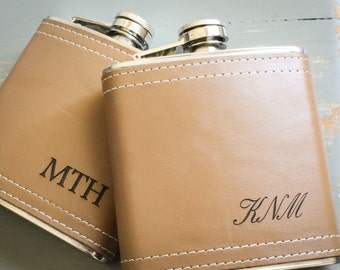 Custom Wedding Flask, Personalized Flask, Genuine Leather Flask, Engraved Flask: Valentine Gift for Him, Groomsmen Bridesmaid Fathers Day