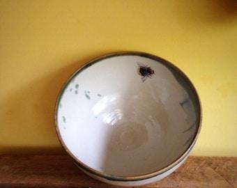 Porridge Bowl with Bumble Bee