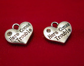 """BULK! 15pc """"Here comes trouble"""" charms in antique silver style (BC832B)"""