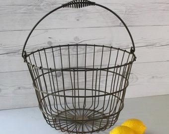 Vintage Large Round Metal Egg Gathering Basket with Swing Handle, Vintage Wire Basket with Handle, Vintage Farmhouse Basket