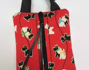 Dog Poop Bag Holder - Dog Treat Bag - Dog Poo Bag Holder - Leash Bag - Red Scottie