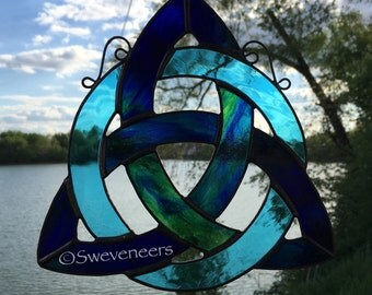 Sweveneers Green & Blue Stained Glass Celtic Knot Triquetra
