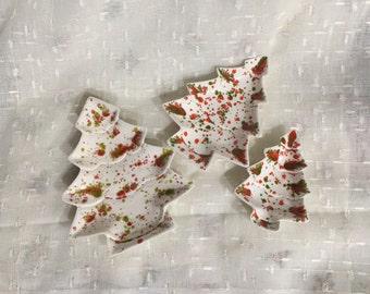 Vintage Splatter Paint Christmas Tree Nested Plates Set of 3