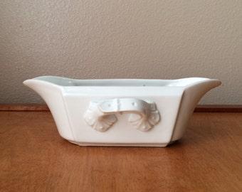 White Bowl - Planter Leonard