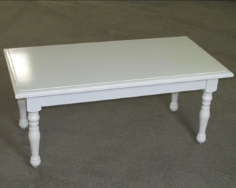 "Turned Leg Coffee Table 24""Dx46""Wx20""H"