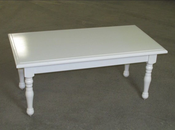 Turned Leg Coffee Table 24dx46wx20h