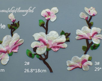 Blue Pink Yulan Magnolia Flower applique Blue Flower Lace Trim Embroidery Appliques Chic Flower Patch Sewing patch Costume design