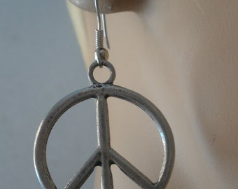 Peace Earrings/ Peace Symbol Earrings/ Hippie Peace Earrings/ Boho Peace Earrings/ Pewter Peace/ Retro Peace Symbol Earrings/ Peace Dangles