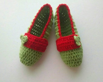 Crochet Slippers, Indoor Slippers, Cozy House Shoes, Womens Green Leaf Slippers by Vikni Designs