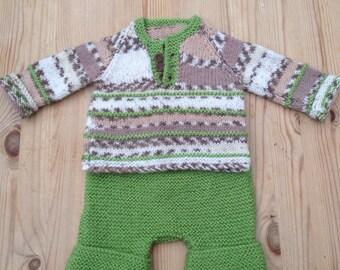 Newborn premie jumper sweater trousers set wool hand knitted