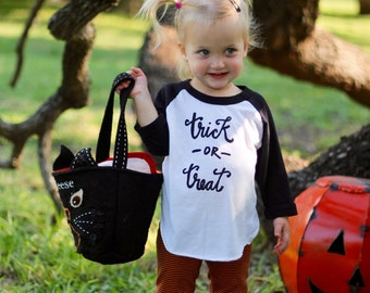 "Children's ""trick or treat"" T-shirt"