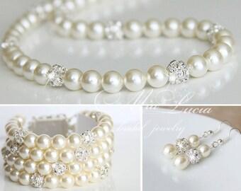 Wedding Jewelry Set, Swarovski Pearl Bridal Jewelry Set, Pearl Necklace Earrings Bracelet Set,  art. e02-b07-n01