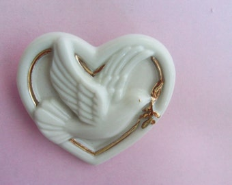Dove Brooch Heart Brooch / Pin / Lenox Brooch / Pin / Lenox Jewelry / Lenox Heart / Dove Jewelry  / Bird Brooch / Pin / Bird Jewelry