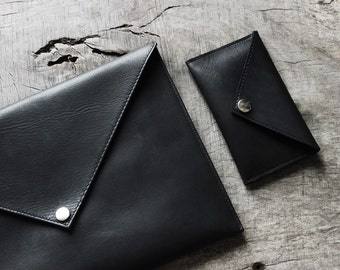 Genuine leather envelope clutch bag with matching purse in Matte Black