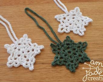 Crochet Christmas Snowflake Ornament / White / Green / First Christmas / Tree Decoration / Crochet Ornament / Christmas Gift / Snow