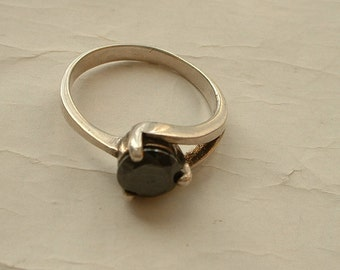 Sterling silver and haematite ring