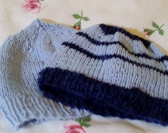 Set for preemies - 2 beanies - knitted - handmade