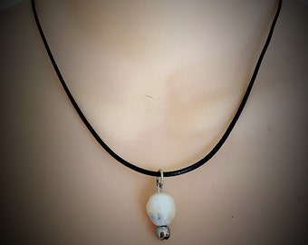 Moonnight Pearl Leather Necklace