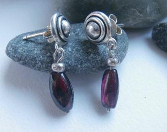 Garnet Drop Earrings - Vintage Jewellery - Gemstone Earrings - Sterling Silver