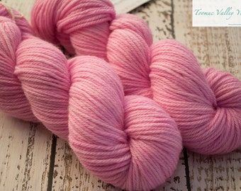 Pink Worsted hand dyed yarn - 10ply - Musk Sticks