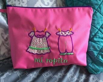 Practical bag with zipper
