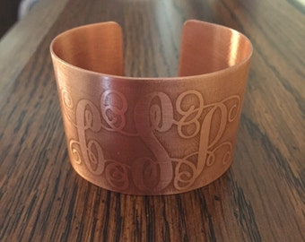 Interlocked Monogrammed Etched Copper Cuff Bracelet - Personalized Jewelry