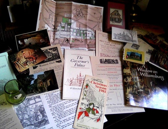 Colonial Williamsburg Souvenirs Postcards Packet By
