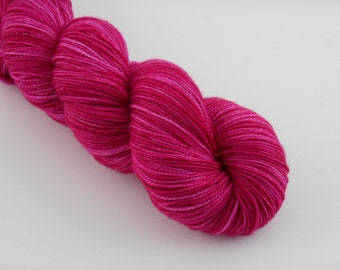PETILLANTE SOCK, Fuchsia, merino nylon sock yarn ,100g
