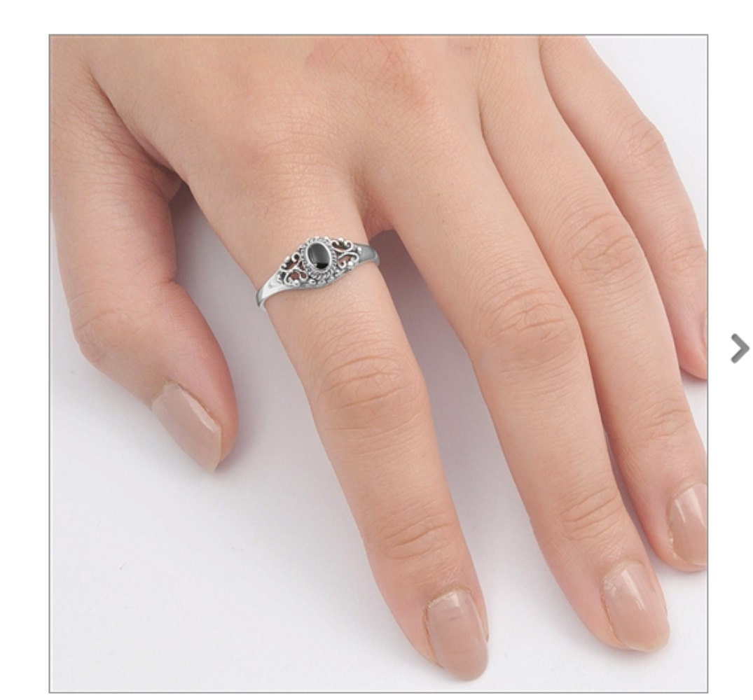 promise ring cute engraved design with black onyx solid. Black Bedroom Furniture Sets. Home Design Ideas