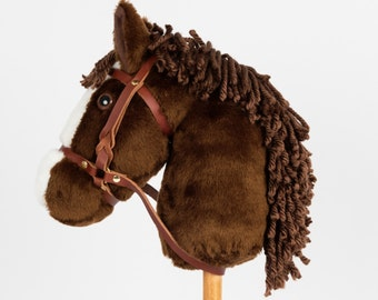 Snowy Mountain Ponies - Bay Stick Horse with Leather Bridle - Stick Pony - Hobby Horse
